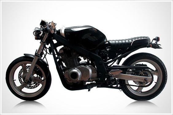 01 Suzuki GS500 - Ellaspede 007 - Pipeburn - Purveyors of Classic Motorcycles, Cafe Racers & Custom motorbikes