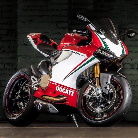1199 Panigale #1199Panigale#1199#Ducati #chairellbikes4life