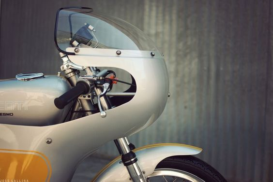 1965 Ducati 250 Mach 1