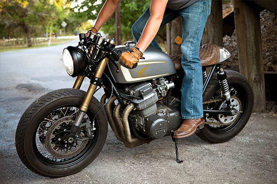 1973 Honda CB750 – Tyson Carver. Damn, that's a good looking bike!