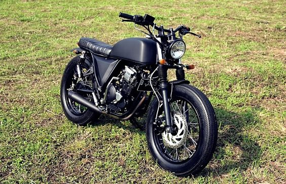 2006 Yamaha Scorpio 'The Rascal' - Studio Motor