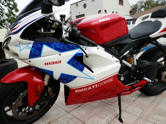 2010 Ducati 1198 Clean motorcycle