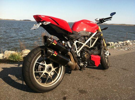 2010 Ducati Streetfighter S 1098
