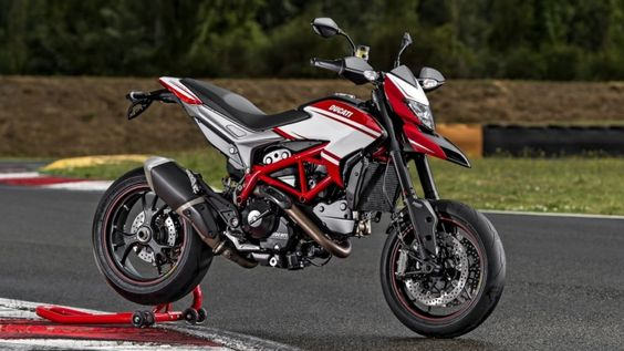 2015 Ducati Hypermotard SP Shows Off New Color Scheme - Photo Gallery