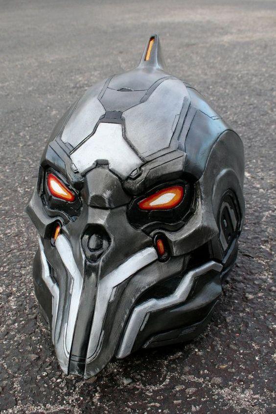 50 coolest motorcycle helmets of 2014 halo 4 didact helmet