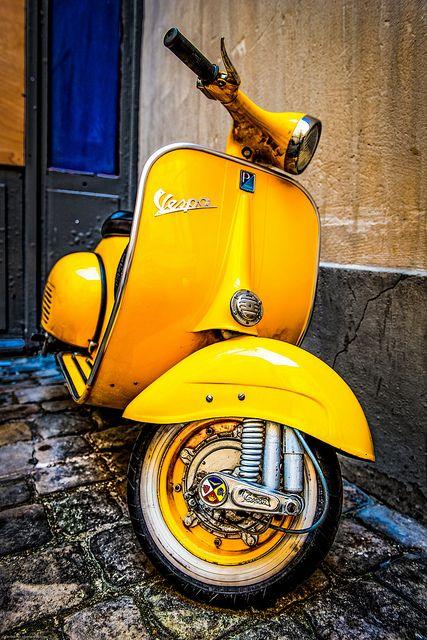 60's Vespa by Lee Dolman, via Flickr Old School Vespa