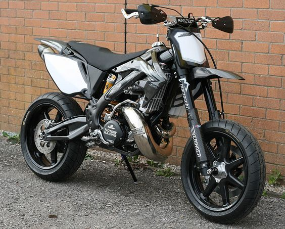 A 500cc 2-stroke supermoto?!?!  Batman approves.  Who wants to tame this beast?? Honda CR 500