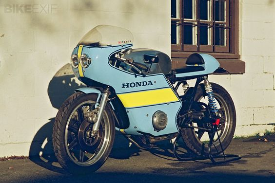A cafe racer in the truest sense of the word: this Honda CB550 is running a high-performance motor under that vintage MV Agusta fairing. Even better, it's a daily rider for Vancouver owner Chris Booth.