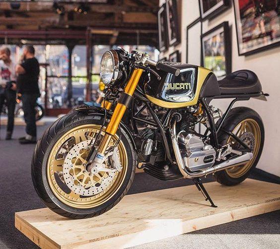 Absolute stunner via @bikeshedmc. #ducati | #caferacer | #vintageducati