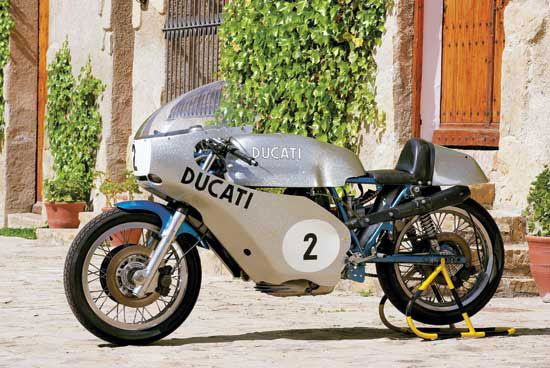 Alan Cathcart rides the 1973 Ducati 750 Imola, the follow-up to Paul Smart's 1972 Imola-winning racer. (Story by Alan Cathcart, photo by Kyoichi Nakamura. Motorcycle Classics, September/October 2014)