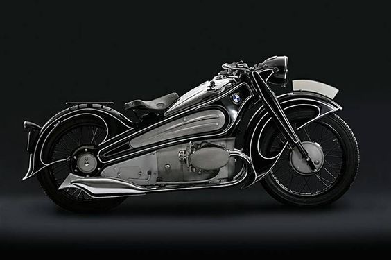 "An amazing old BMW R7 concept, described it as ""one of the most important, innovative and visually stunning motorcycles ever produced."