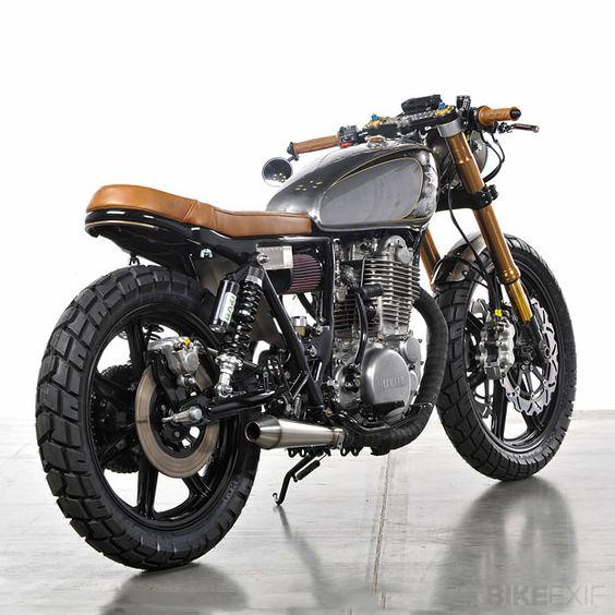 Analog Yamaha SR500 | Bike EXIF