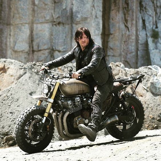 """Any walking dead fans? Check out Darlys Honda Cb750 (link in BIO) . . . . #caferacer #hondacb #honda #motorcycle #style #beautiful #mcm #wcw #hot…"""