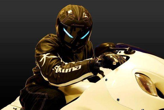 Awesome Akuma Helmets! A dark visor with