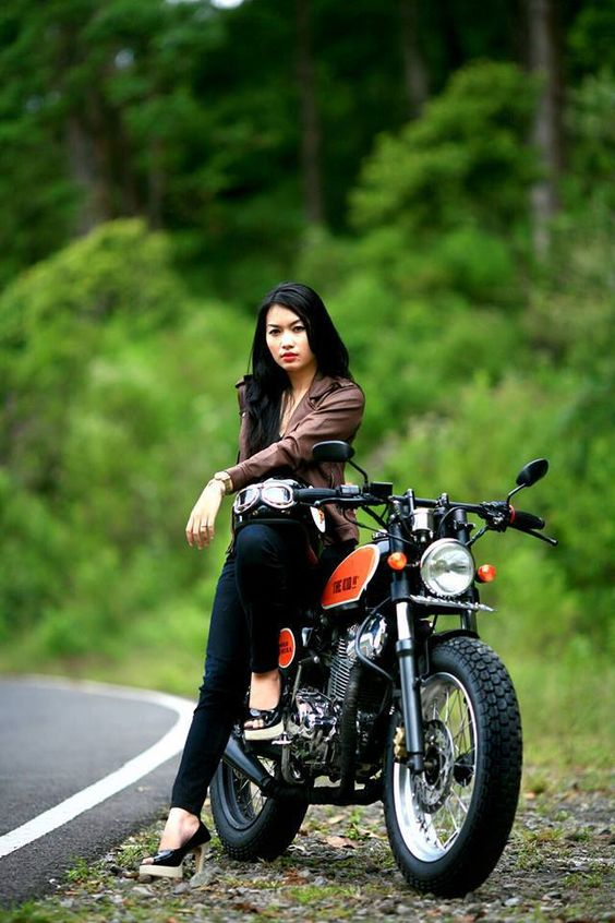 Beauty and the bike- photo by Yudha Nugraha, yoinked from Cafe Racers of New England (facebook).