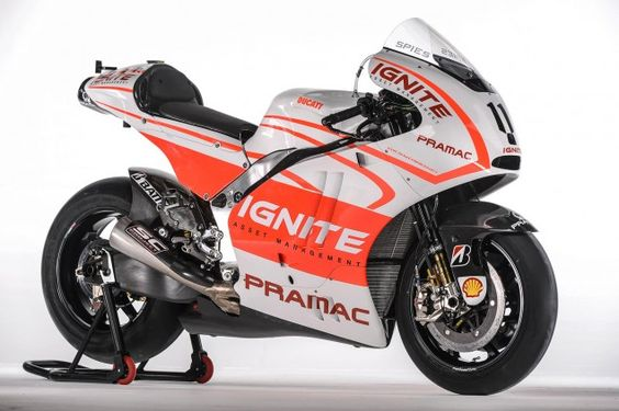 Ben Spies and His Pramac Ducati Livery Photo