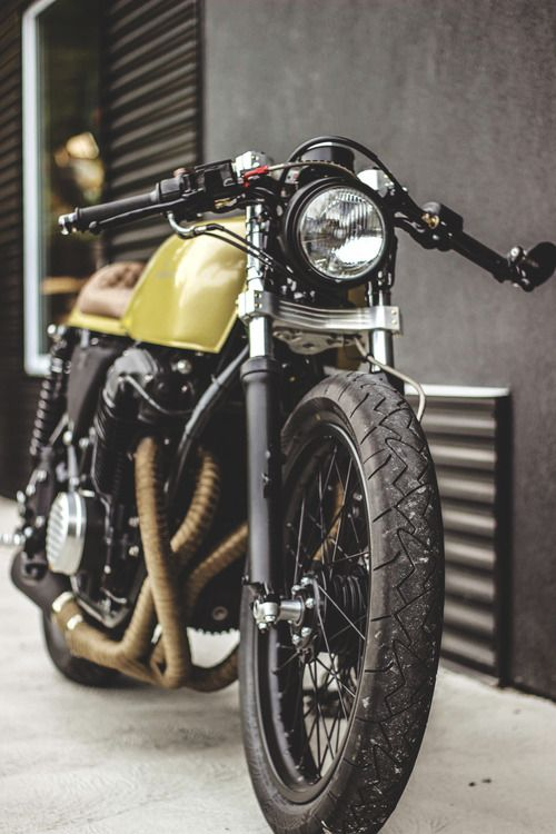 Bike cafe racer minimal clean