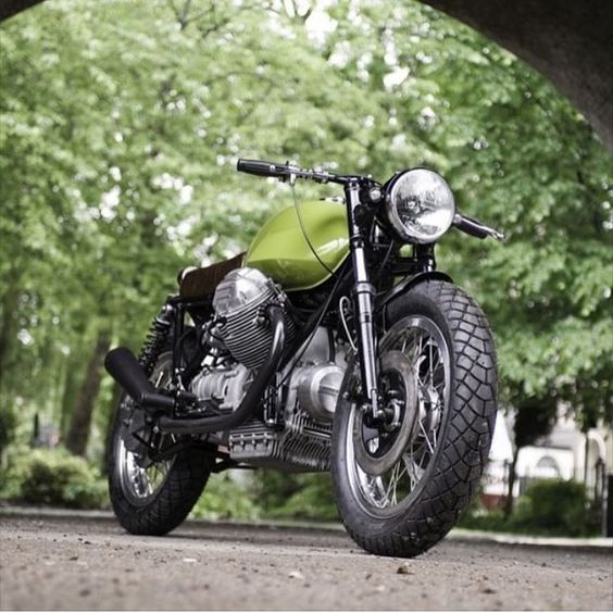 bike &girls- easy life — dropmoto:   Mmm mm mmm. Moto Guzzi 850 T3