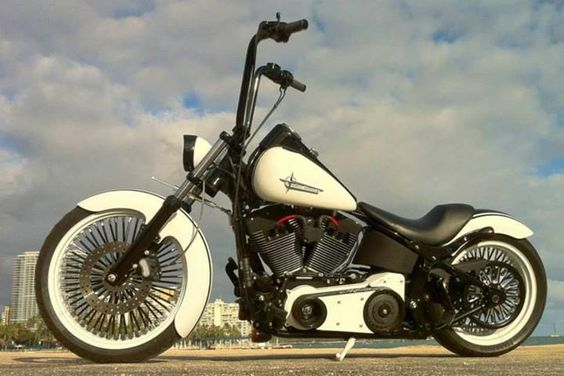 Black and cream #custom #bike