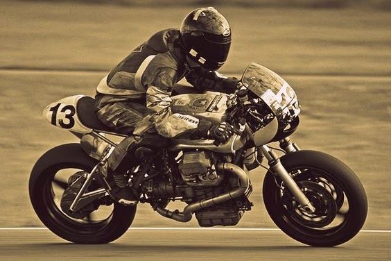 BRS weblog-#custom,#classic, #racing #motorcycles and #caferacers !