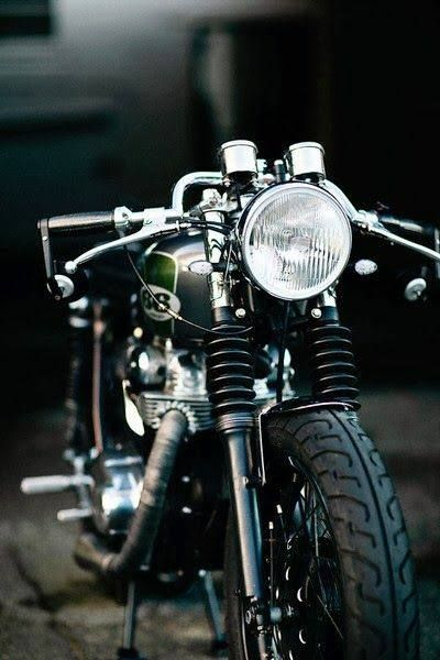 Cafe Racer #motorcycles #caferacer #motos |
