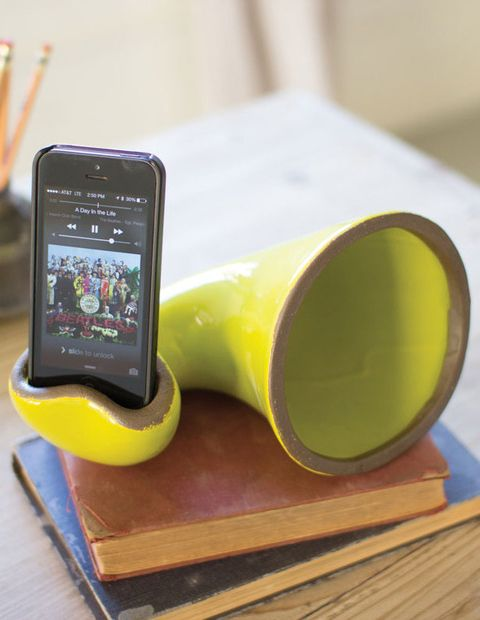 Ceramic mobile phone speaker - naturally amplifies without electricity #product_design