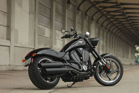 Clean looking Victory Motorcycle! the Hammer 8 Ball!