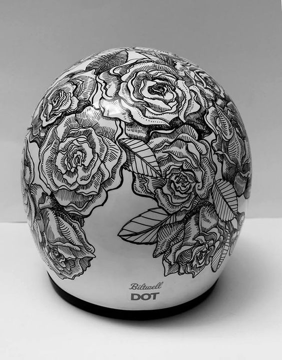 Custom Lids - Custom Designed Motorcycle Helmets; this helmet Is gorgeous. Does it come in a full face? Haha