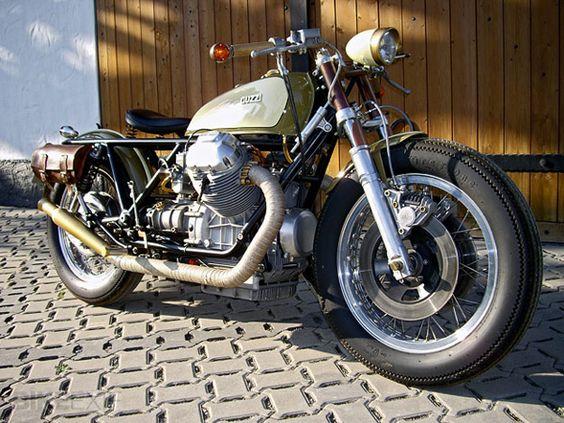 Custom Moto Guzzi Bobber
