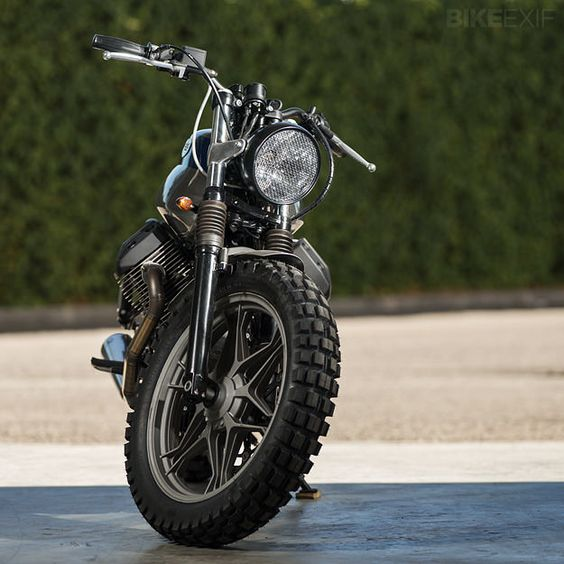 Custom Moto Guzzi V7