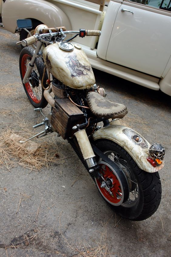 Custom Suzuki powered Rat Bike