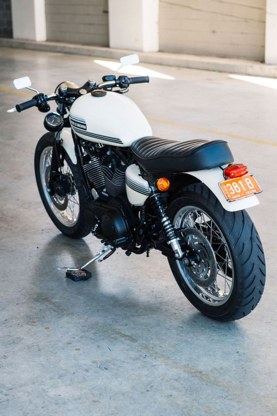 Deus Ex Machina's 'Gentleman Jim' Custom Bike Is A Thing Of Beauty - Airows