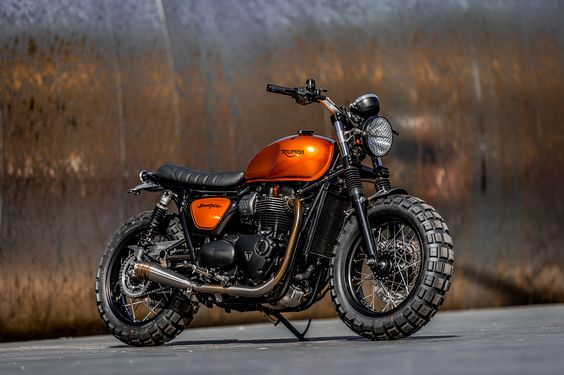Down & Out Cafe Racers | TRIUMPH STREET TWIN
