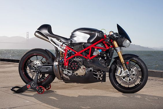 Ducati 749R – Ezikiel Dacanay |