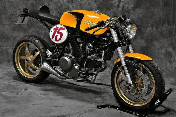 Ducati 750 by XTR Pepo - Bike EXIF