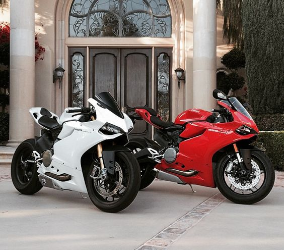 Ducati 899 Panigale and 1199 Panigale