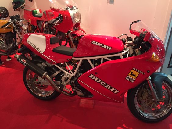 Ducati 900 superlight by ACD