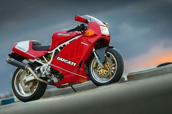 Ducati 900 superlight