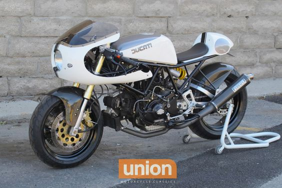 #Ducati 900ss Low Pipe by Union Motorcycle Classics