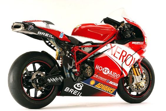 Ducati 999 Xerox, sort the exhaust and add a SSS arm and hey presto beautiful bike.