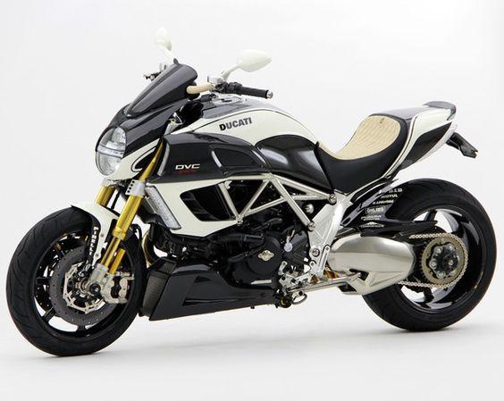 Ducati Diavel DVC