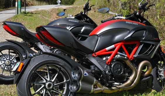 ducati diavel or yamaha v star -