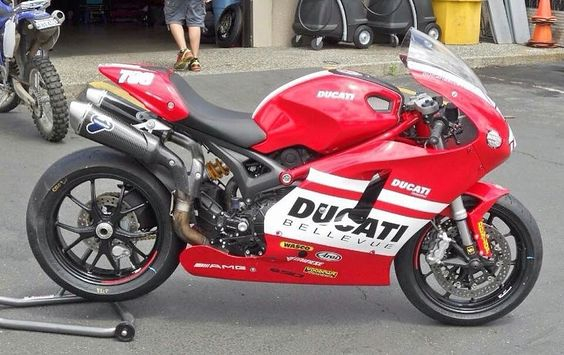 Ducati Monster SúperSport