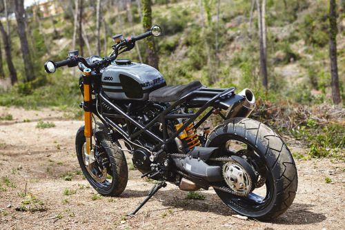 Ducati Multistrada Street Tracker by Ad Hoc #motorcycles #streettracker #motos |