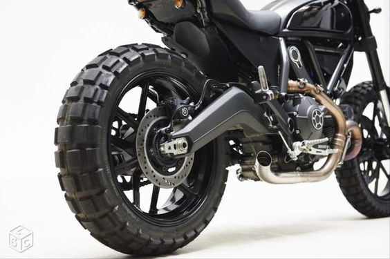 Ducati Scrambler customisée par Thomis Motorcycles Motos Paris -