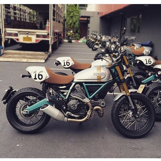 Ducati Scrambler Paul Smart Limited Edition  #ducati #scrambler #caferacercult #scramblerducati -