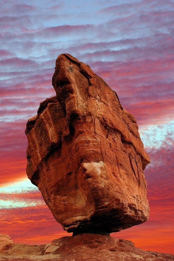 Explore Colorado Springs' paradise in one magical stop. Garden of the Gods Park is a registered National Natural Landmark. Imagine dramatic views, 300' towering sandstone rock formations against a backdrop of snow-capped Pikes Peak and brilliant blue skies.
