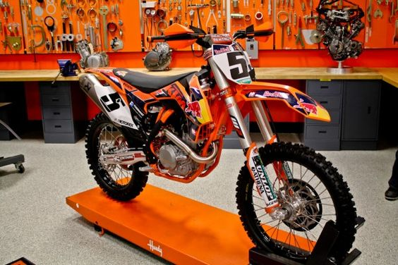 First Look : 2013 KTM 450 SX-F Factory Edition | Featured Products, Features, Motorcycles, News | Transworld Motocross