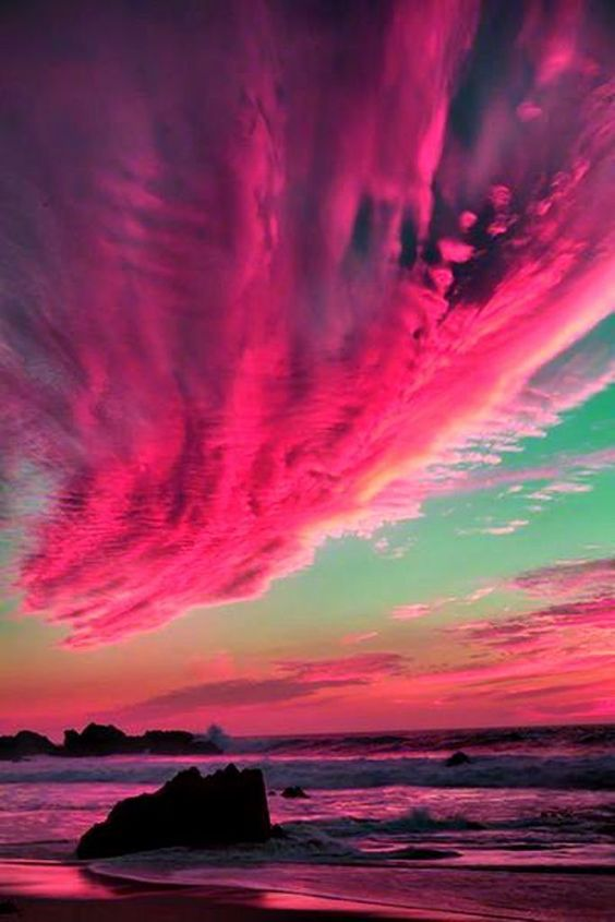 """""""Gorgeous pink clouds moment"""