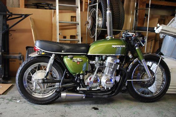 Green Honda CB750 Four mild custom